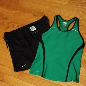 Nike shorts size med new/used nike workout top